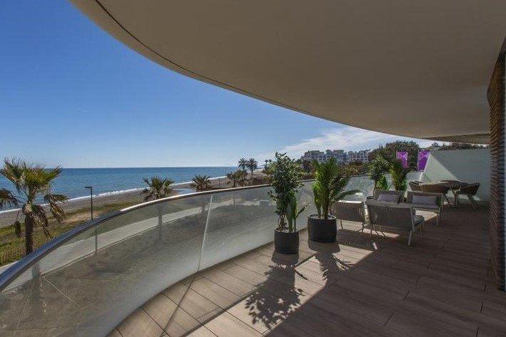 Ref:1039MLND Penthouse For Sale in Estepona