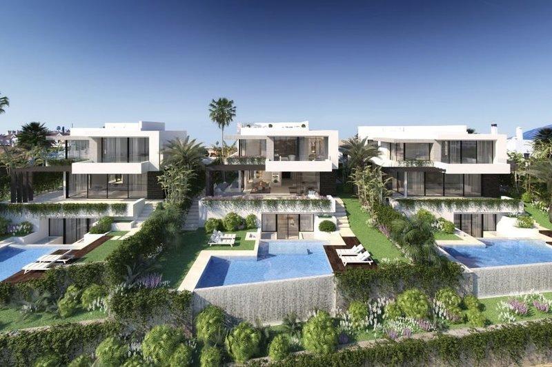 Ref:2438MLND Villa For Sale in Estepona