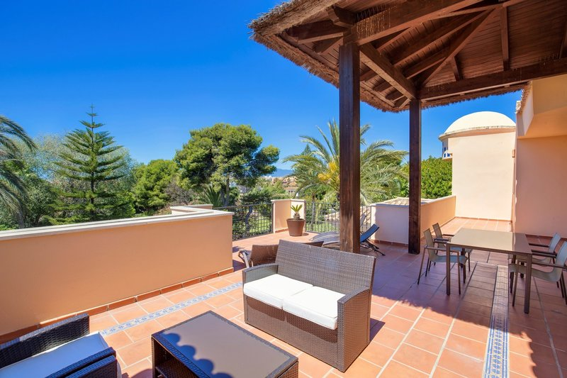Ref:2745MLPH Penthouse For Sale in Marbella