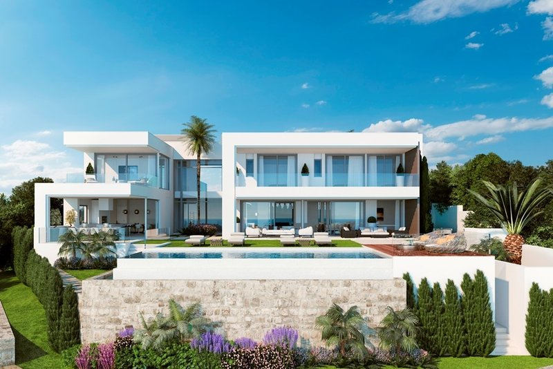 Ref:2251MLV Villa For Sale in Estepona