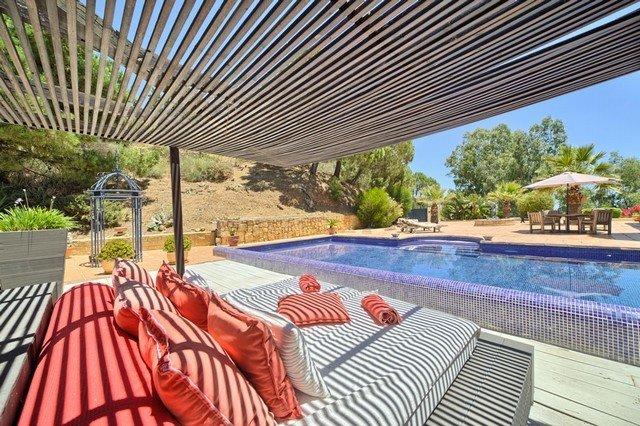 Ref:1584MLV Villa For Sale in Estepona