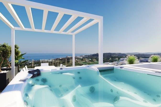 Ref:1221MLND Penthouse For Sale in Estepona