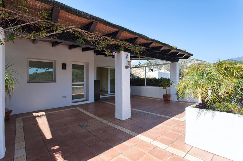 Ref:2491MLV Penthouse For Sale in Benahavis