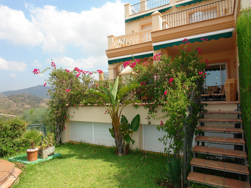 Ref:2064MLTH Townhouse For Sale in Marbella