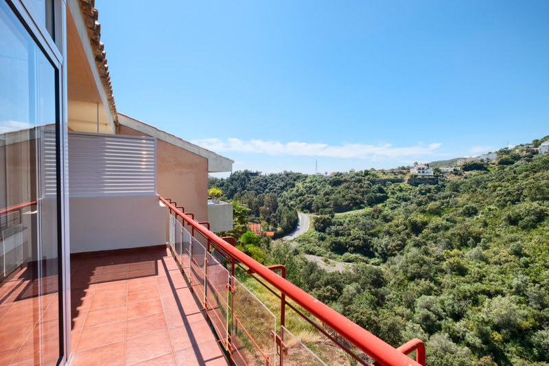 Ref:2816MLTH Townhouse For Sale in Estepona