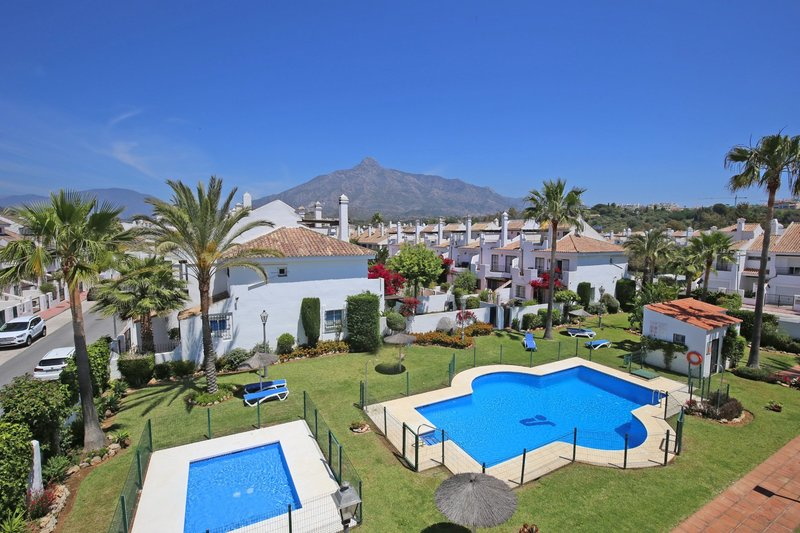 Ref:2834MLTH Townhouse For Sale in Marbella