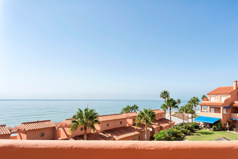 Ref:2587MLPH Penthouse For Sale in Estepona