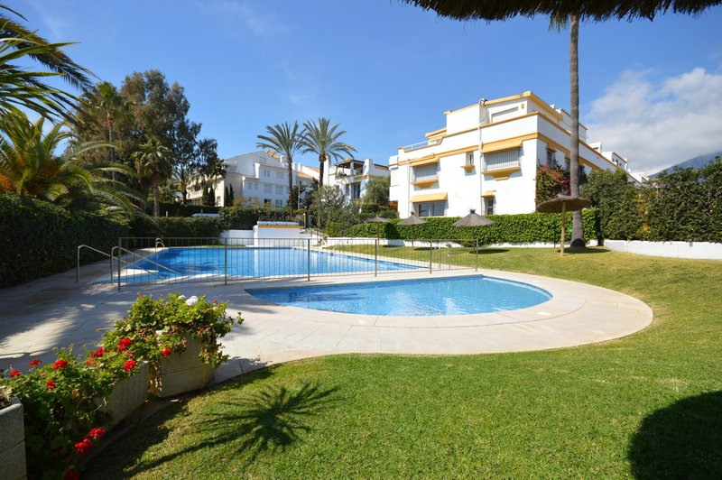 Ref:2852MLTH Townhouse For Sale in Marbella
