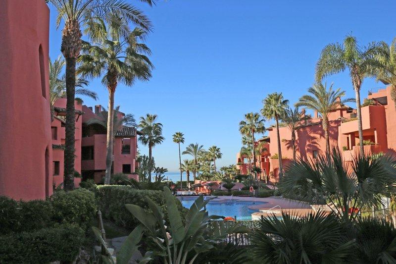 Ref:2725MLGF Apartment For Sale in Estepona