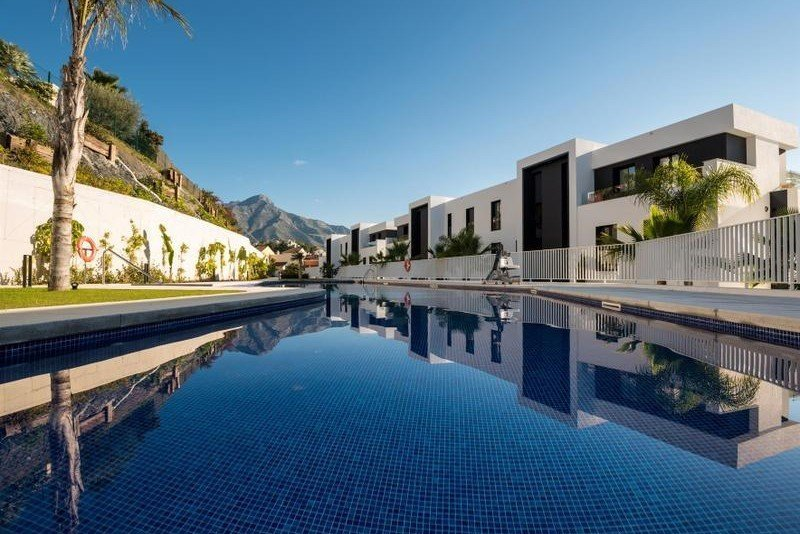 Ref:1165MLND Apartment For Sale in Marbella