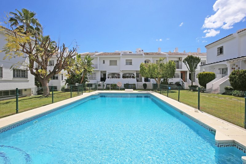 Ref:2795MLTH Townhouse For Sale in Marbella