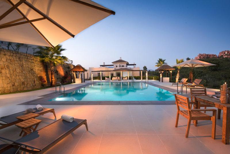 Ref:2535MLND Apartment For Sale in Marbella