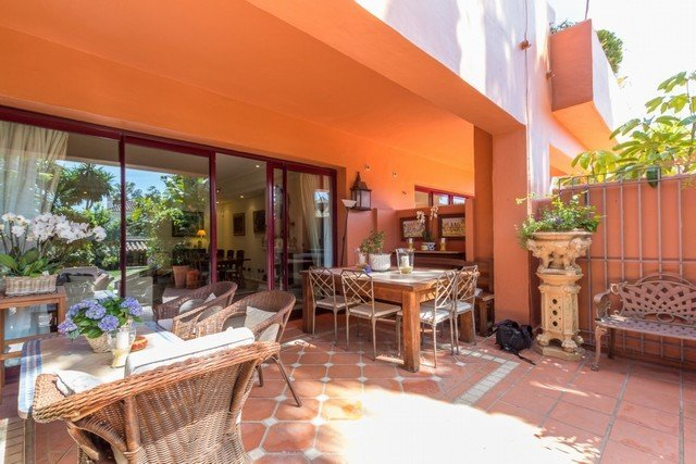 Ref:1922MLTH Townhouse For Sale in Marbella