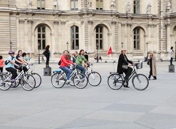 Paris « en Seine » - Bike tour (3 hours)