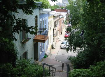 Los secretos del Barrio Latino