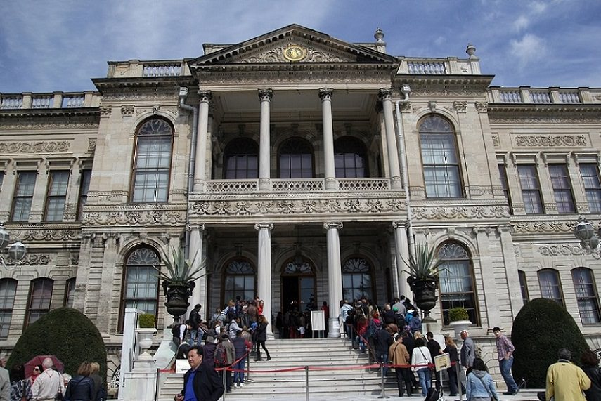 Dolmabahce palace entrance