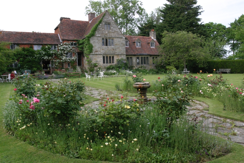 THE NATIONAL GARDENS SCHEME DOES A BRILLIANT JOB OF RAISING MONEY FOR CHARITY THROUGH OPEN GARDEN DAYS. VISIT THE WEBSITE TO VIEW SUSSEX GARDENS OPEN TO VISIT.
