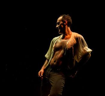Lamajara cierra septiembre en Teatro Victoria