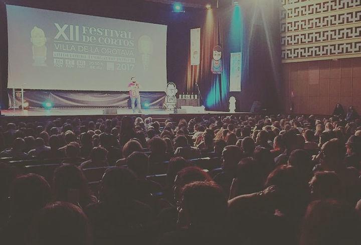 instagram cortosorotava con Kike Pérez