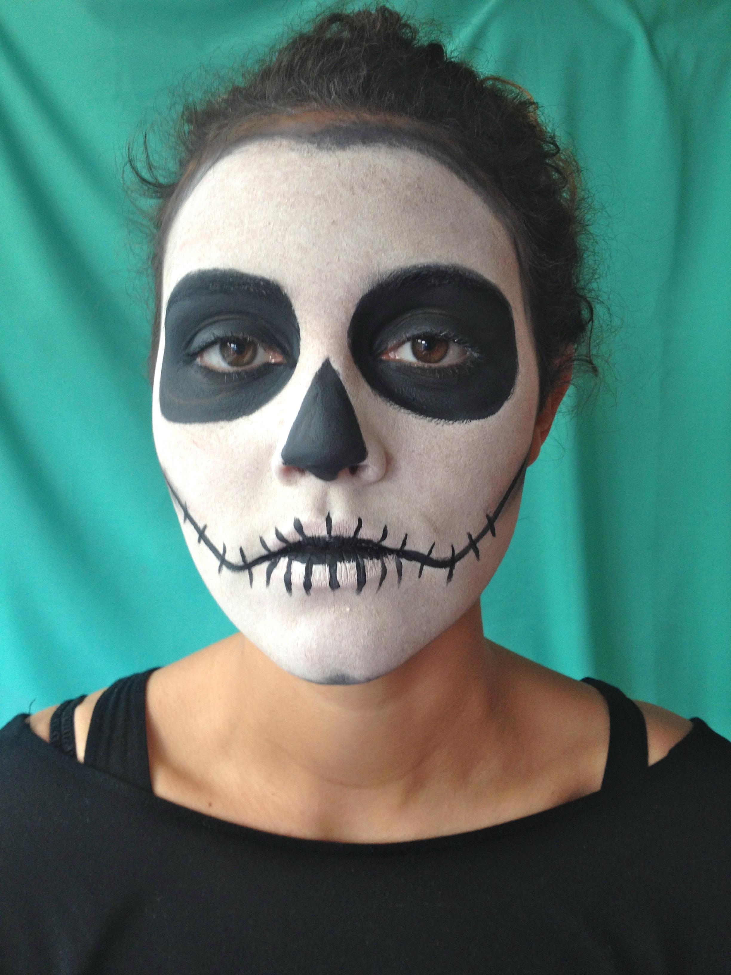 Лёгкий грим на хэллоуин своими руками для девушки