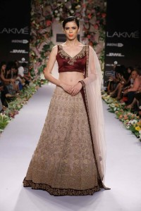 Bridal collections shymal & bhumika LFW 2014