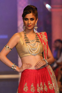 Indian Jewellery and Indian Bridal Jewellery by Bridhichand Ghanshyamdas at IIJW 14