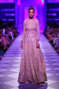 Day 3-Show 8- Taj Mahal Tea presents Anita Dongre - Facebook21