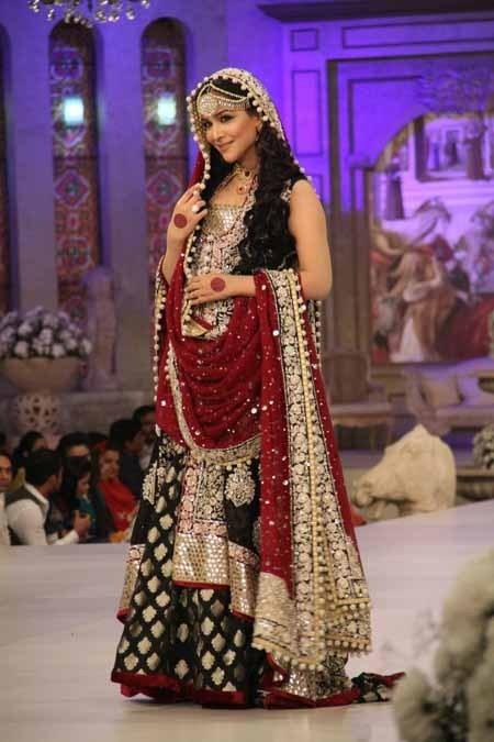 Zainab Chottani - Bridal Lehenga