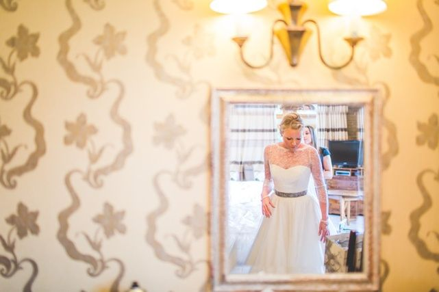 Jacob and Pauline photography - Bride Getting Ready