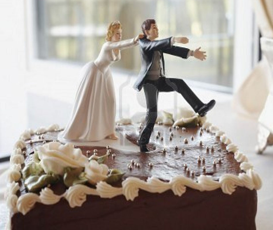 funny-wedding-cake-toppers-wonderful