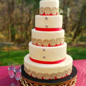 Five-tier Cake | Treat Yourself To Deliciousness With Palak's Cakes