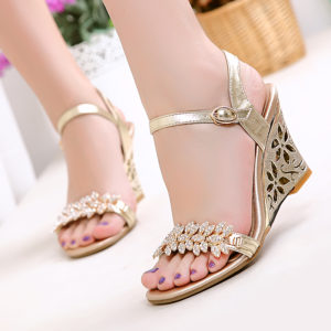Sandals | 10 Stylish Must-Have Indian Wedding Shoes