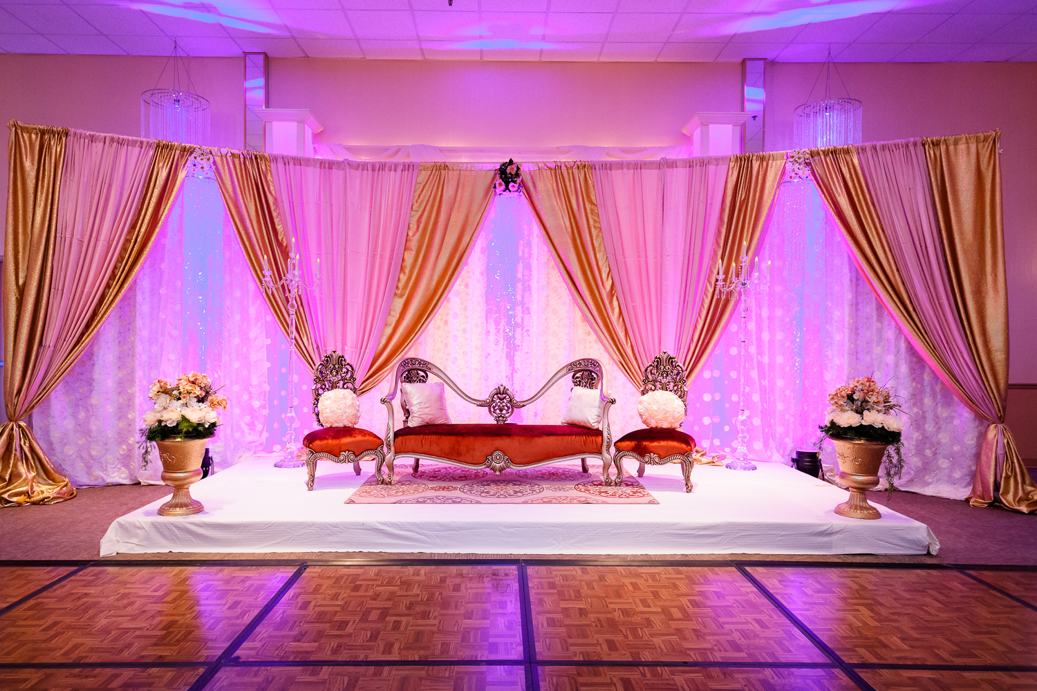 Big fat asian wedding page 6 of 25 indian wedding blog for Home wedding reception decorations