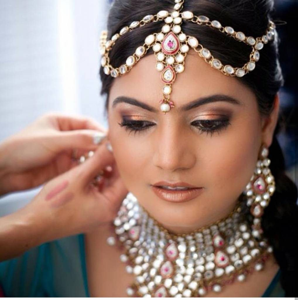 How to select the right bridal hair and makeup artist for you