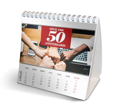 foto aziendale su calendario tavolo