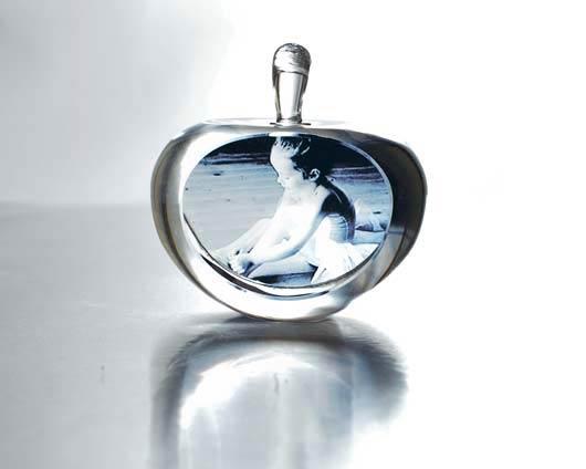 Le tue foto stampate su cristallo a forma di mela