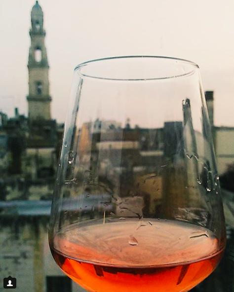 foto paesaggi riflessi bicchiere