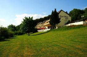 Enjoy Hotel Daun