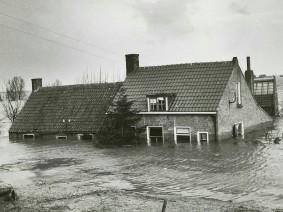 Dagtocht Watersnoodmuseum en rondvaart Veere