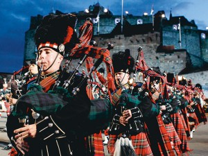 Massed Pipes and Drums - Brouwer Travel
