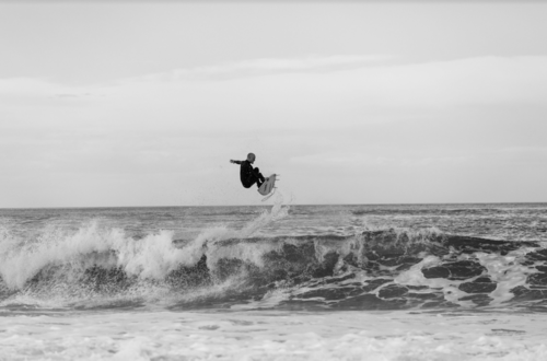 Medium la cabane surf film guillem cruells  barcelona surf festival