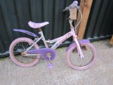 http://s3-eu-west-1.amazonaws.com/bumblebeeauction/201212/Groovy Chick Bike.jpg