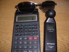 http://s3-eu-west-1.amazonaws.com/bumblebeeauction/201309/calculator gauge sunglasses 425192 SC130025534.jpg