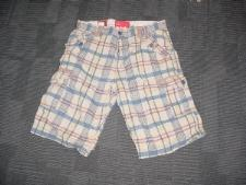 http://s3-eu-west-1.amazonaws.com/bumblebeeauction/20131/Mens Shorts Size 34.JPG