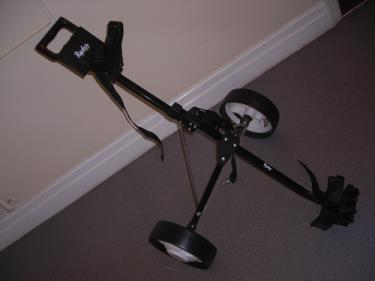 http://s3-eu-west-1.amazonaws.com/bumblebeeauction/201310/ryder golf trolley (1).jpg