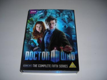 http://s3-eu-west-1.amazonaws.com/bumblebeeauction/201312/DR WHO DVDS.jpg