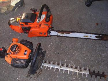 http://s3-eu-west-1.amazonaws.com/bumblebeeauction/201312/chain saw and hedge trimmer.jpg
