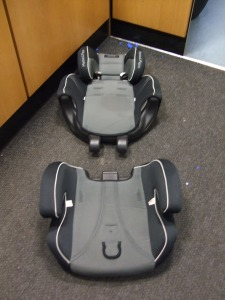 http://s3-eu-west-1.amazonaws.com/bumblebeeauction/201401/CARSEATS4 (2).jpg