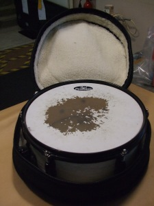 http://s3-eu-west-1.amazonaws.com/bumblebeeauction/201401/DRUM3 (1).jpg