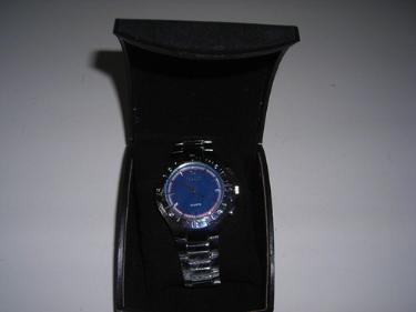 http://s3-eu-west-1.amazonaws.com/bumblebeeauction/201401/ORIANDO WATCH.jpg